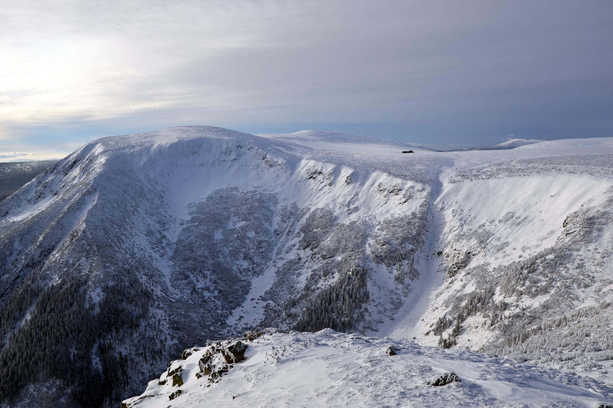 Pohled ze Sněžky na Obří sedlo, Krkonoše