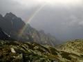 Duha a v pozadí Strelecká veža 2130 m n.m., Slovensko, Vysoké Tatry.